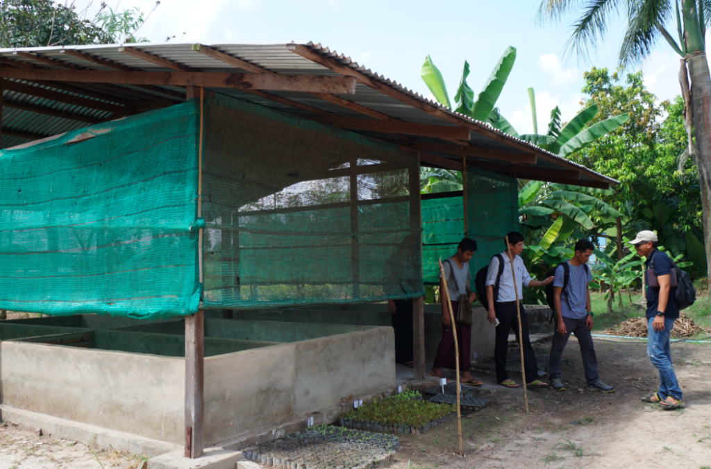 The project team visiting the government-run worm farm at the Vegetable and Fruit Research Development Centre in Yangon. Credit: Dr Claire Furlong